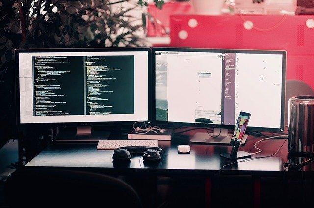 Ben jij op zoek naar elektronica en hulpmiddelen voor je computer setup?