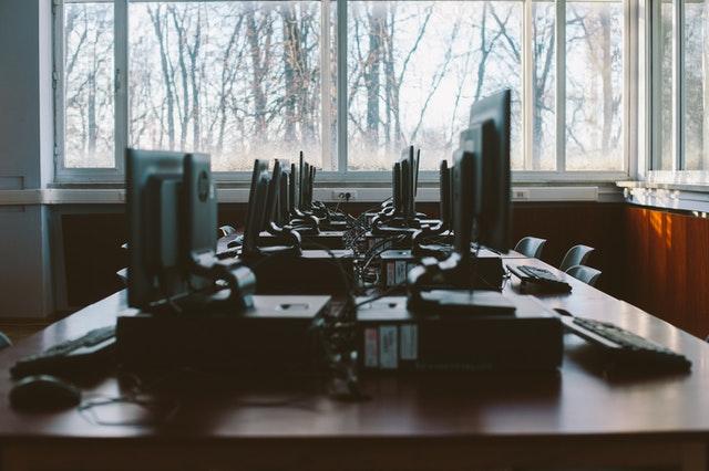 Wat kunt u doen met traag werkende computers op het kantoor?